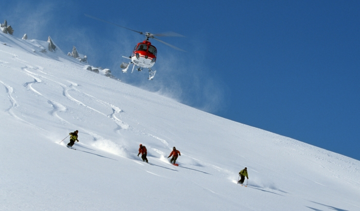 Helicopter-skiing